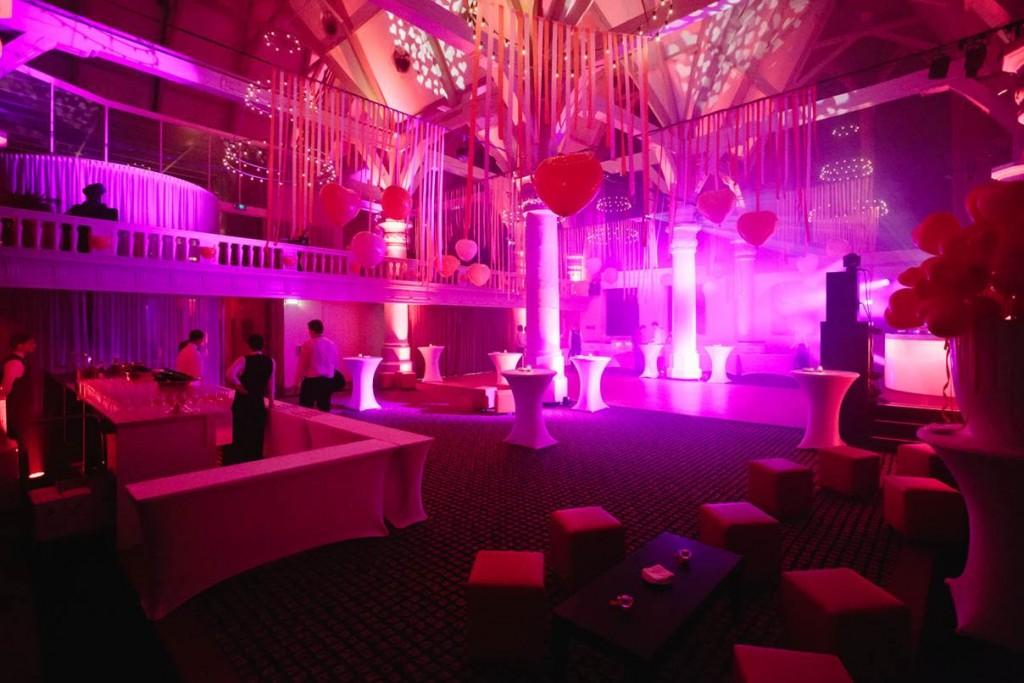 ACE Luxury DJ Shows