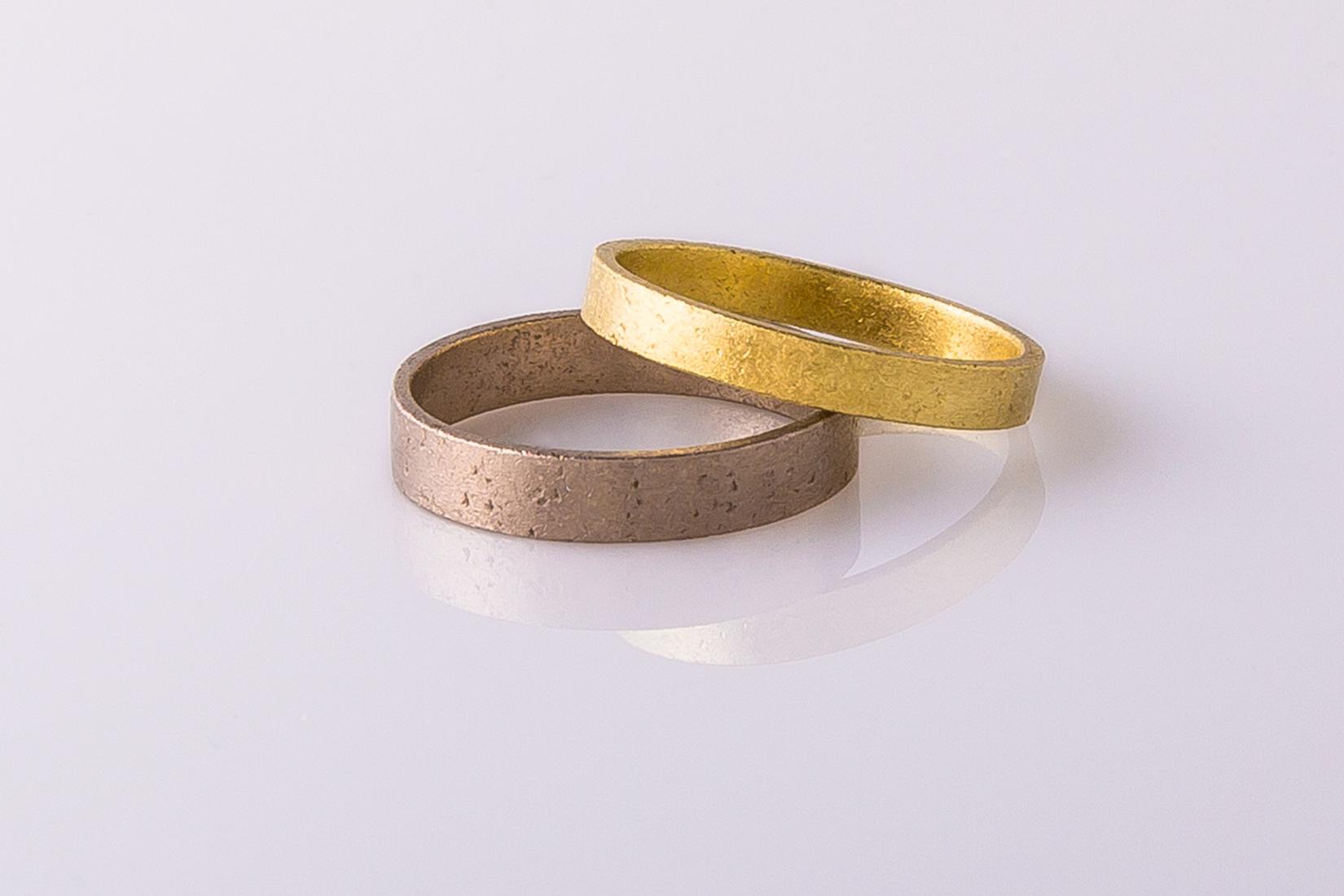 goudmerk-ring-trouwen-wit-geel-goud-mat-geborsteld