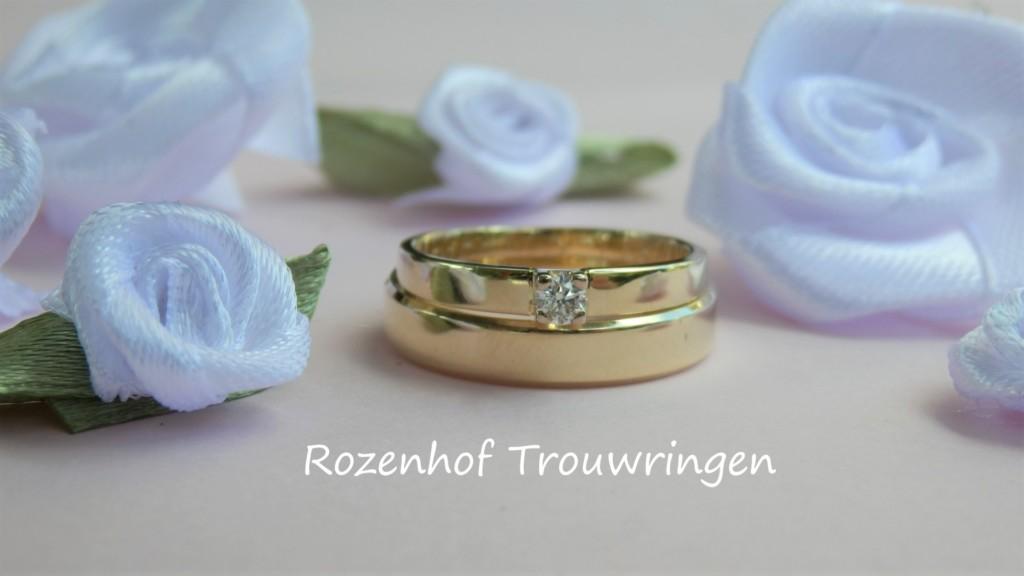 Classy geelgouden trouwringen met diamant