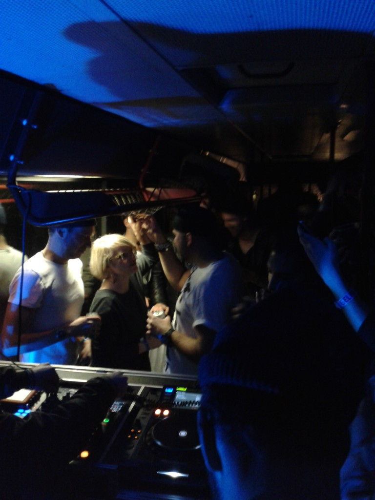 de terugweg met DJ