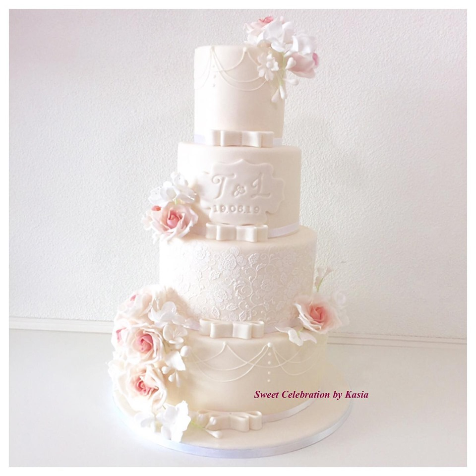 Wedding cake with hand crafted flowers