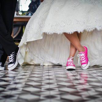 gympen onder je trouwjurk
