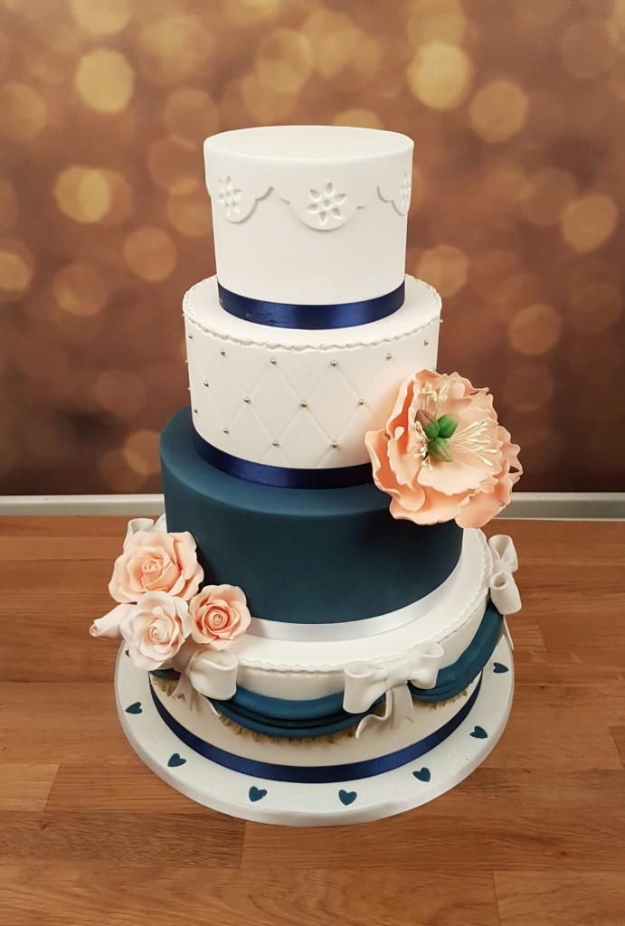 White bleu wedding