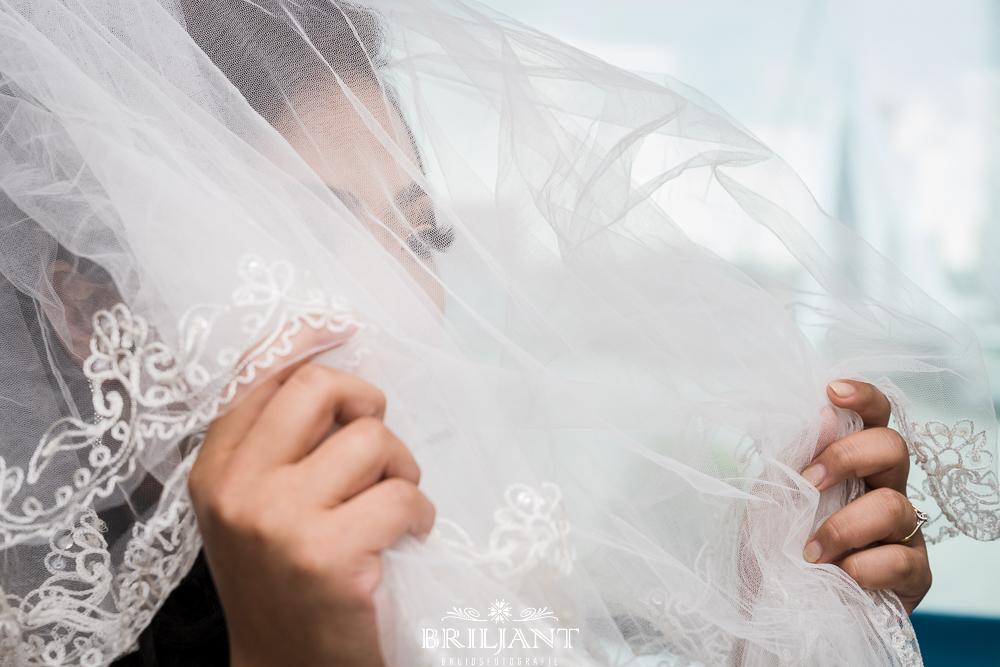 Briljant Bruidsfotografie bruid met sluier