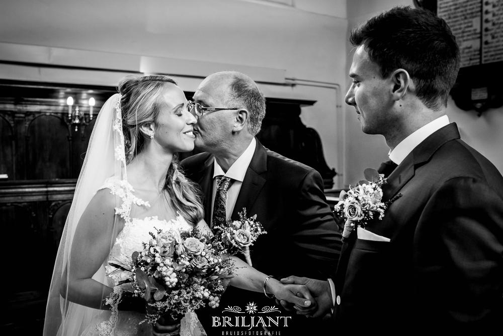 Briljant Bruidsfotografie weggeven bruid
