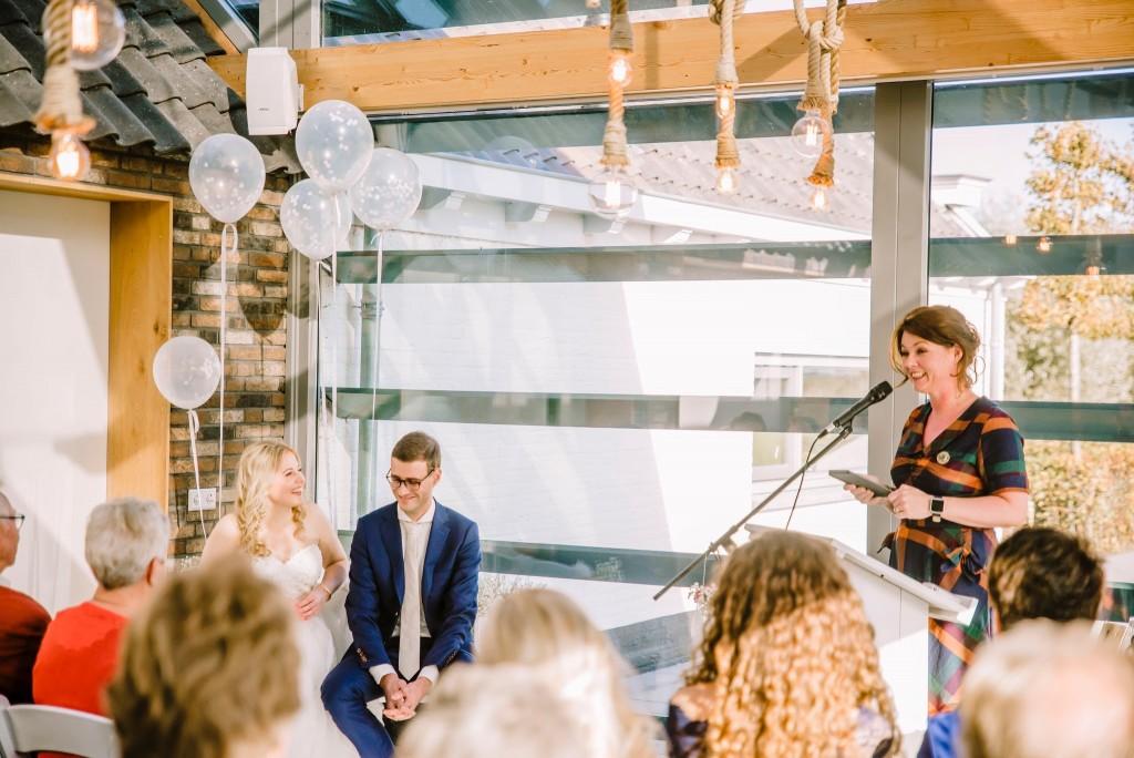 De trouwceremonie door zelfstandig trouwambtenaar Trouw met Liefde bij de Pollepleats