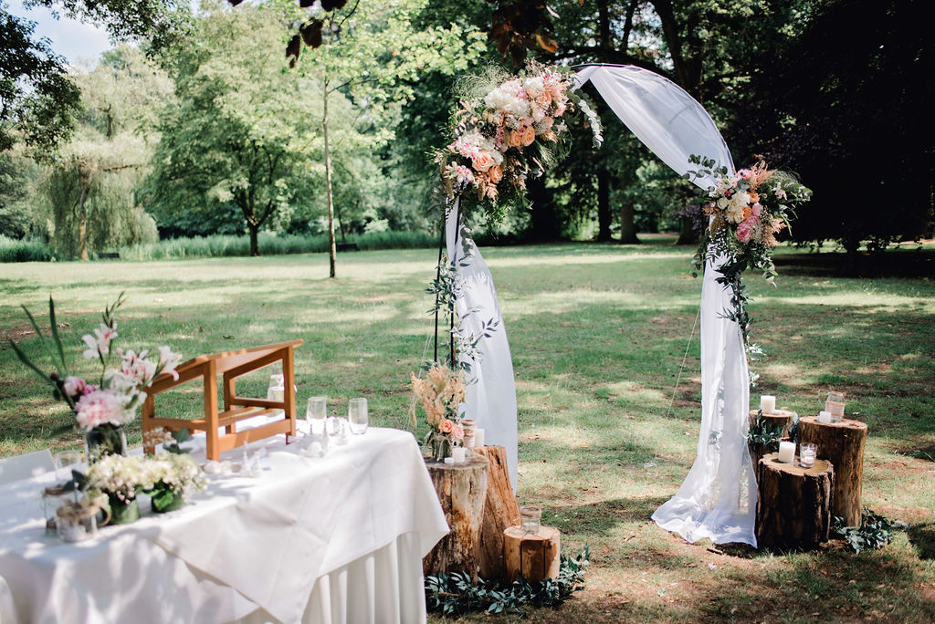 Buiten Ceremonie – foto: Linda Ringelberg
