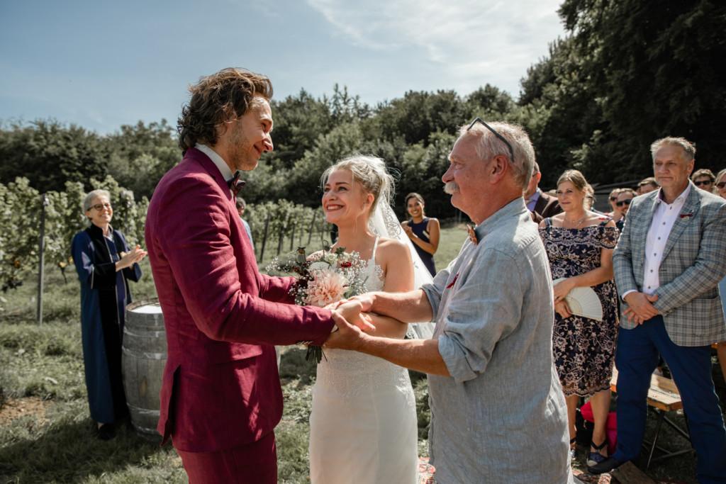 Weggeven van de bruid
