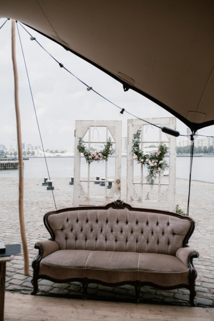 Italiaanse bruiloft aan de Rotterdamse Maas