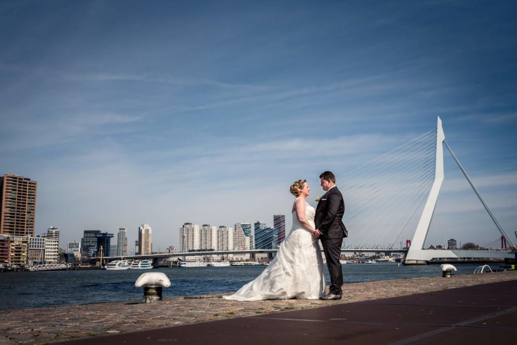 trouwen in Rotterdam Erasmusbrug