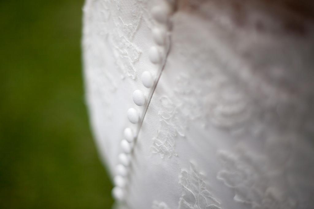 detail van de trouwjurk