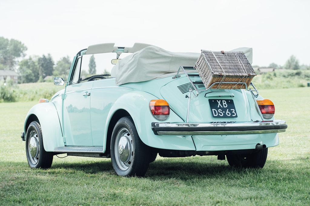 Volkswagen Kever Cabrio Minty als trouwvervoer