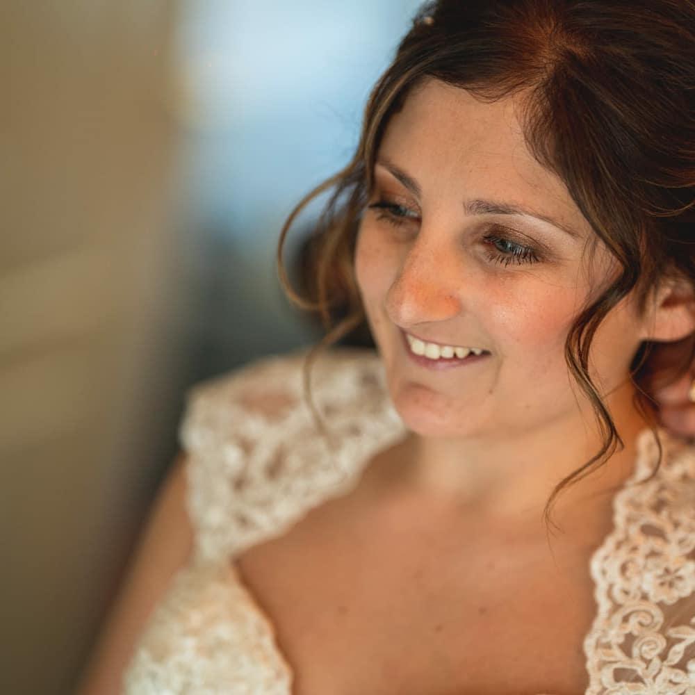 make up bij stralende bruid